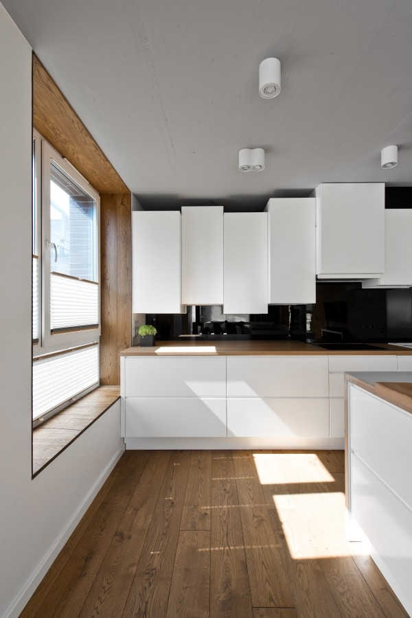 creative-white-cabinetry-600x900