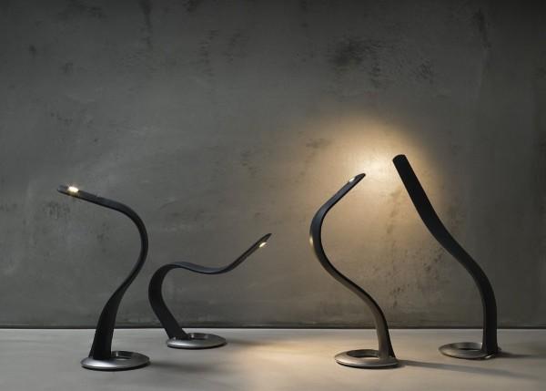 silcone-desk-lamp-600x429