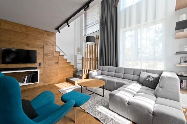 teal-armchair-600x400