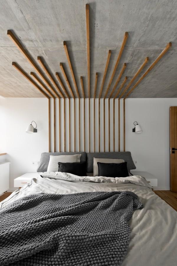 wood-headboard-600x900