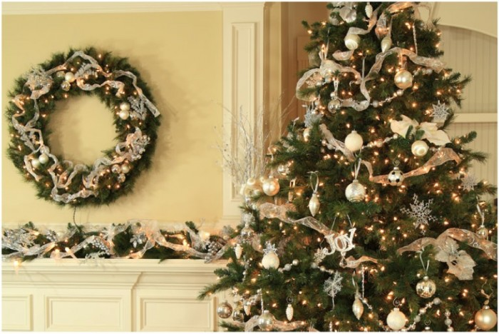 christmas-and-mantel-decor-ideas-700x468