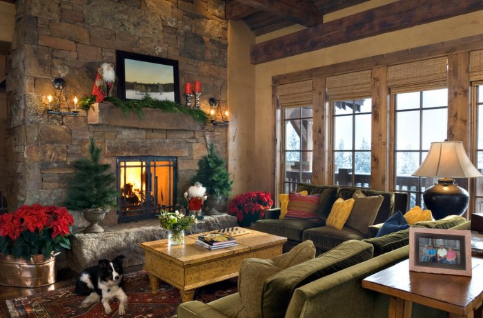 lodge-christmas-mantel-decor-700x461