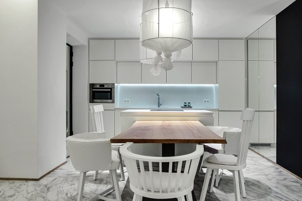 luxury-white-kitchen-interior-600x400