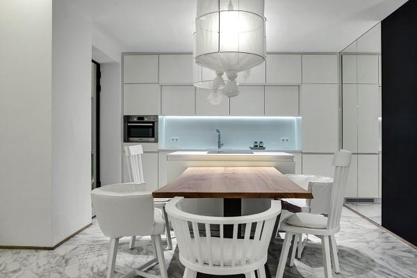 luxury-white-kitchen-interior-600x400