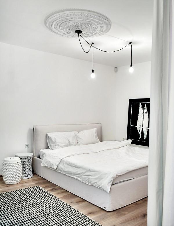 oversized-ceiling-medallion-600x778