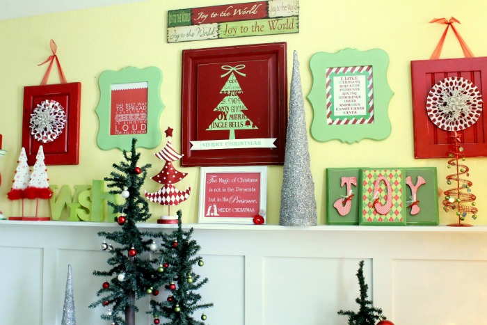 retro-christmas-mantel-decor