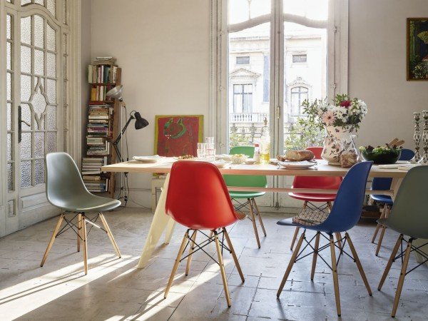 primary-color-dining-chairs-600x450