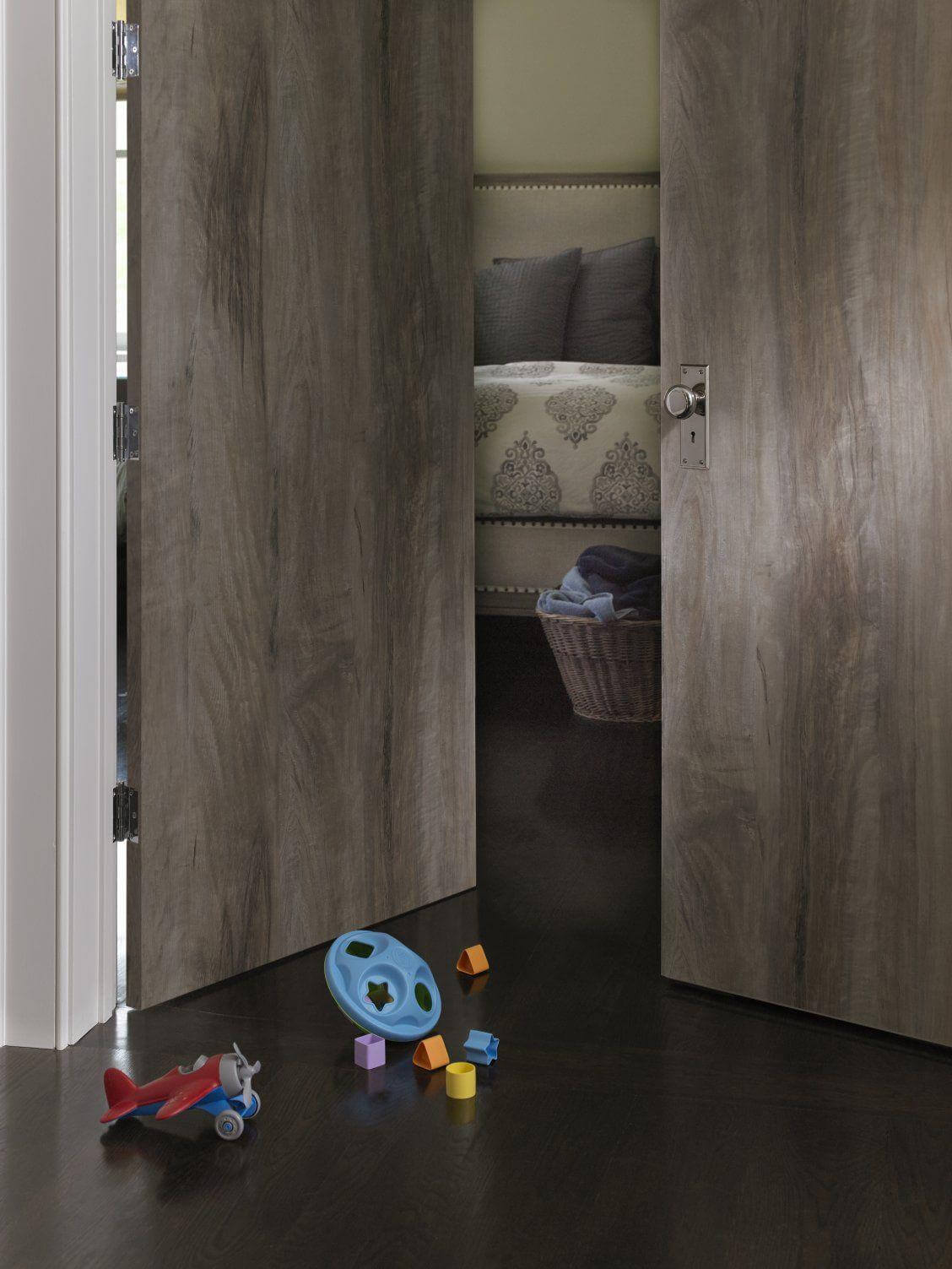 thiết kế mẫu cửa gỗ phòng ngủ đẹp