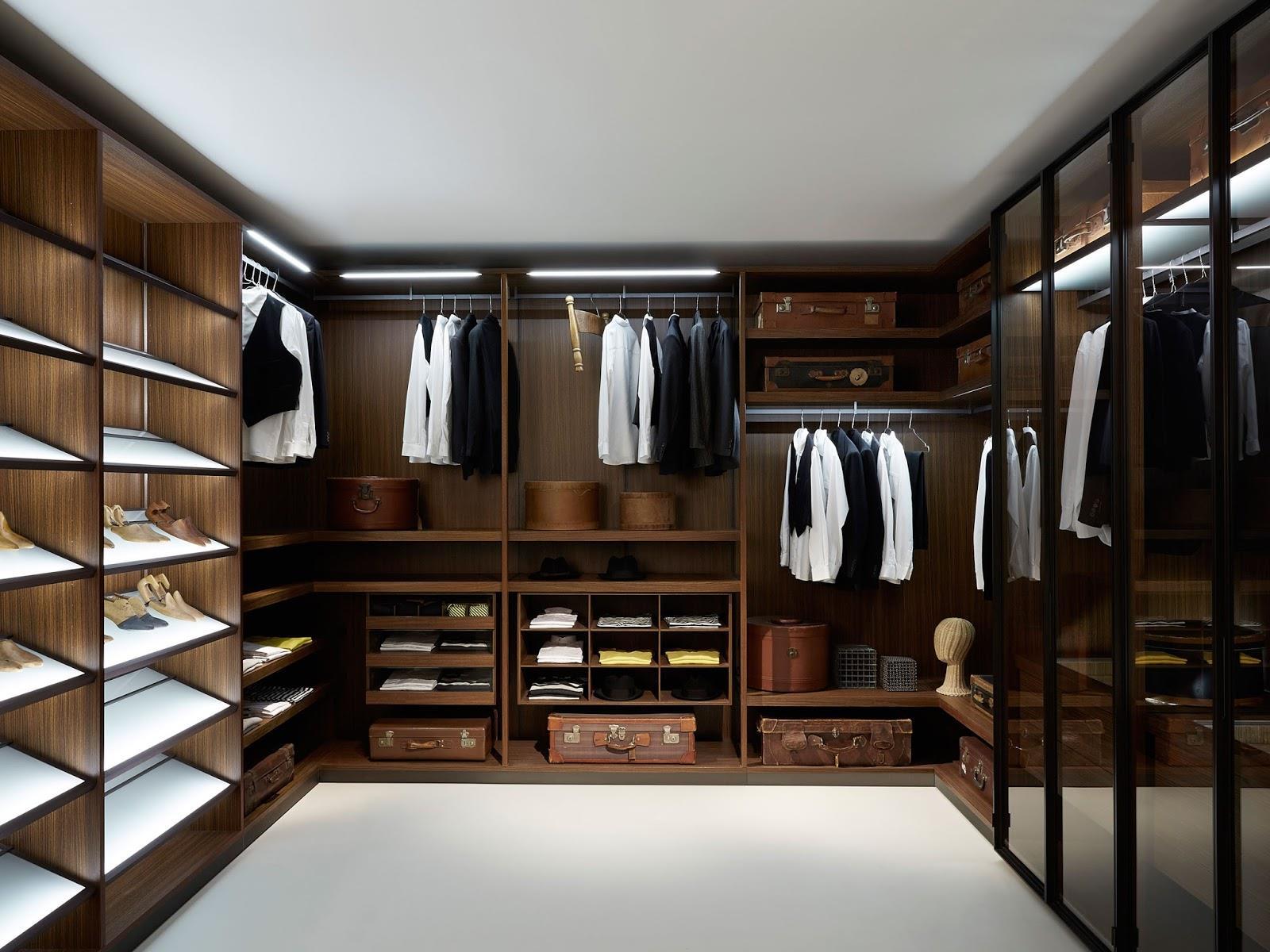 phòng quần áo đơn giản