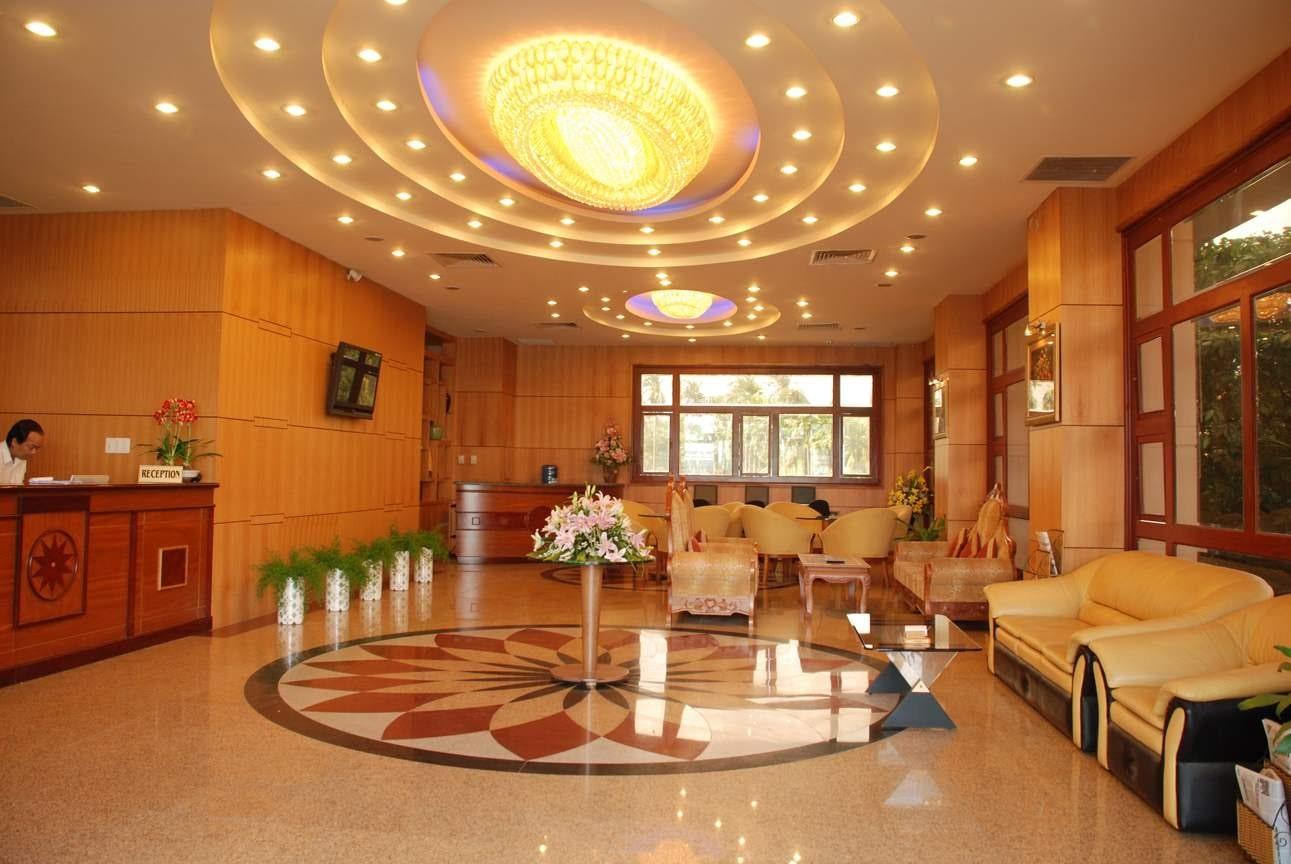 mẫu thiết kế nội thất khách sạn cho sảnh lớn