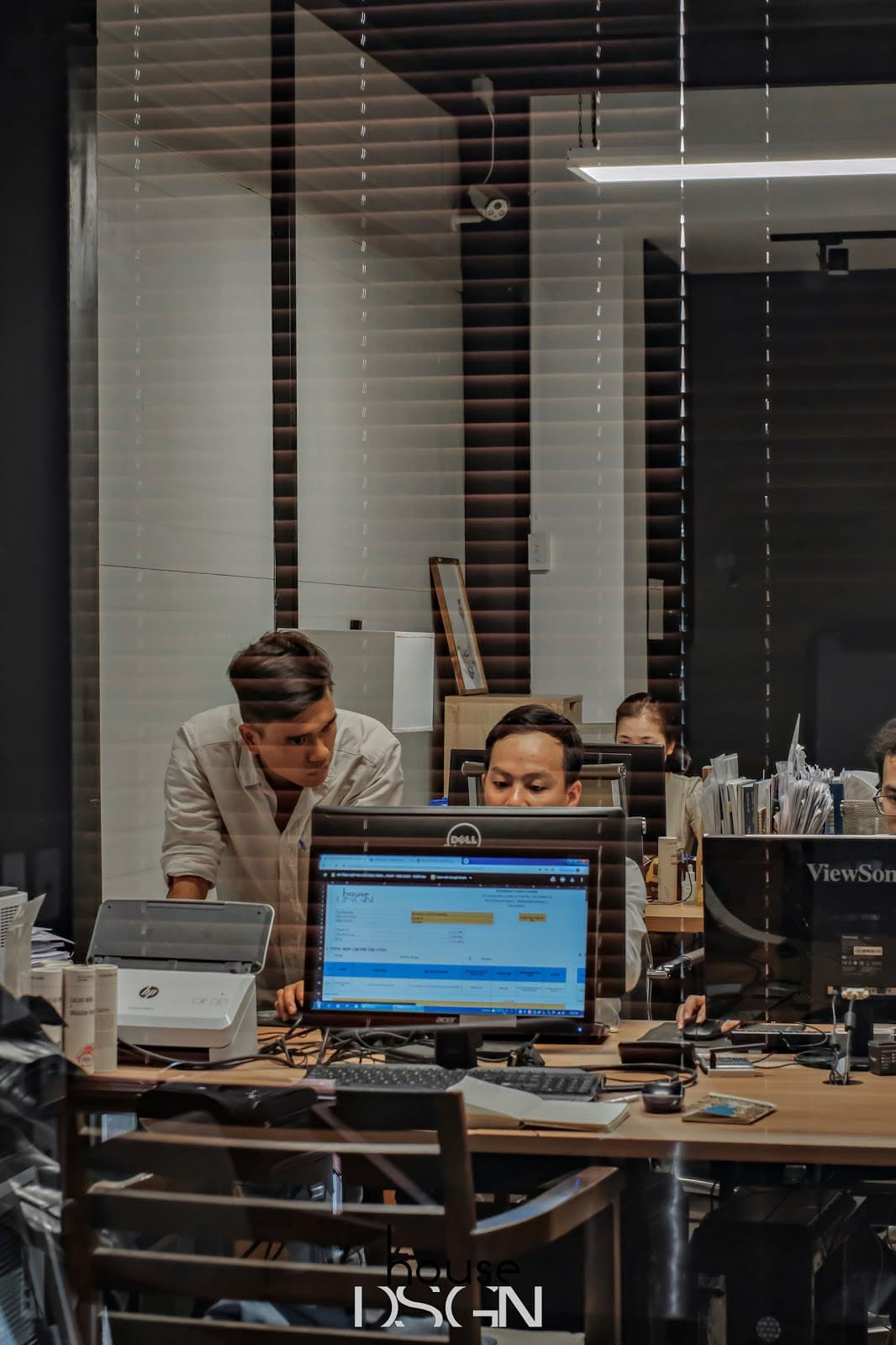 tư vấn thiết kế và thi công nội thất văn phòng tại Housedesign